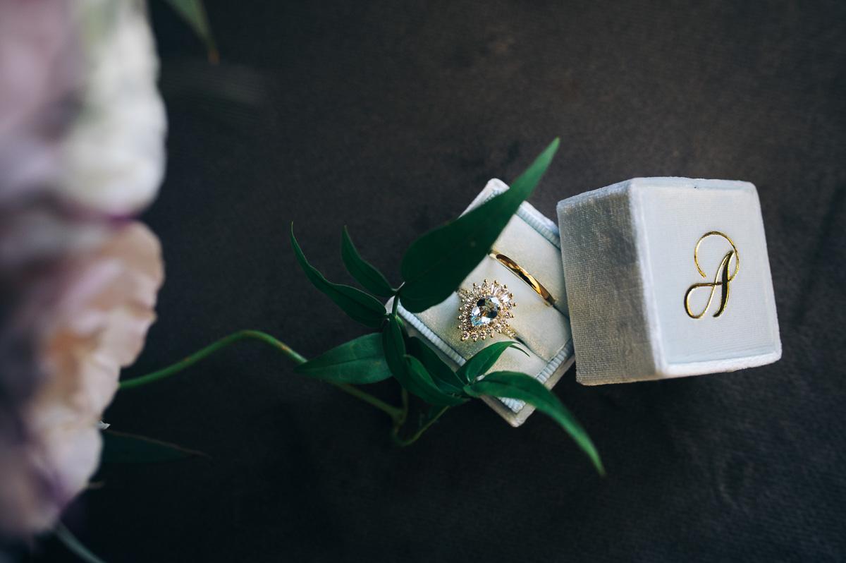 Brisbane wedding photographer Terri Hanlon engagement ring