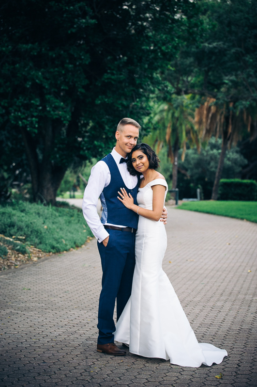 Botanical Gardens bride and groom Terri Hanlon Photography