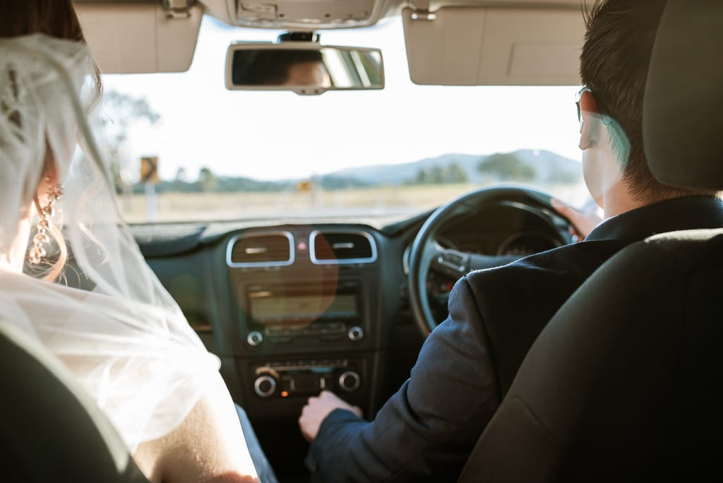 Terri Hanlon Photography - couple driving together to One Tree Hill Maleny