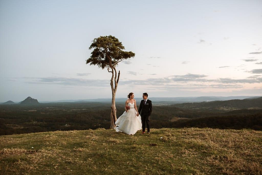 Terri Hanlon Photography - couple at One Tree Hill Maleny