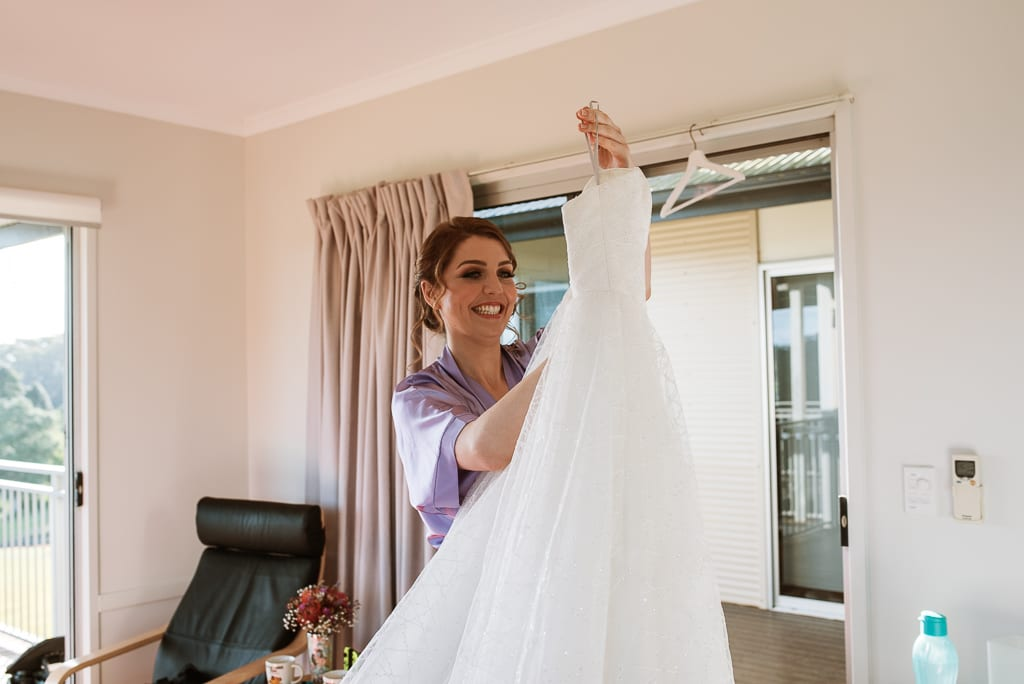 Terri Hanlon Photography - Bride getting ready at The Space Between Maleny